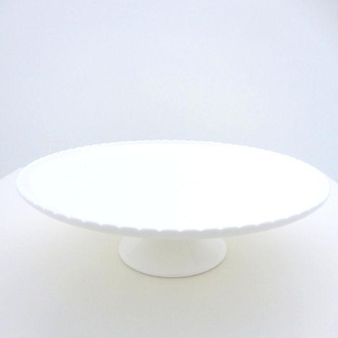 White Scalloped Cake Stand
