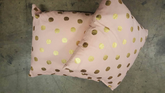 gold-pink-spot-cushion